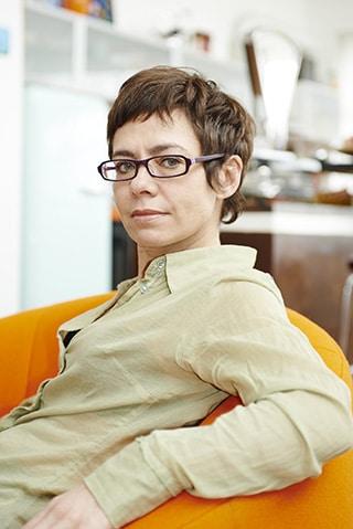 Rouja Lazarova auteure